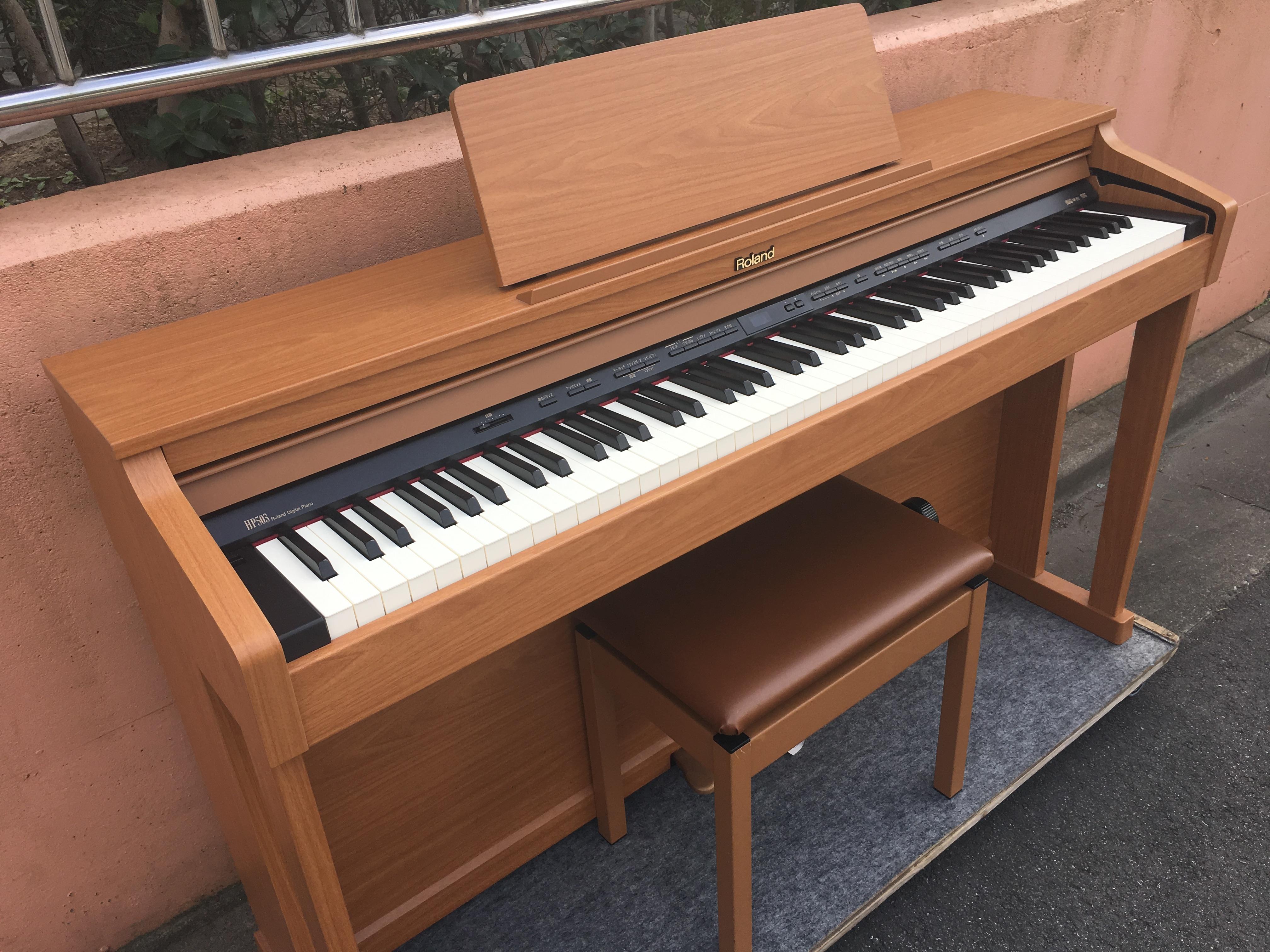 ローランド グランド ピアノ
